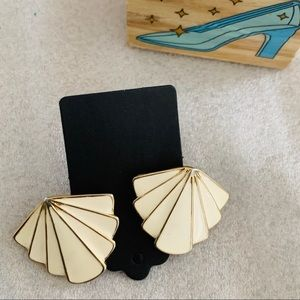 Vintage Ivory Gold Statement Studs Earrings